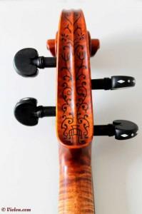 Stradivarius4